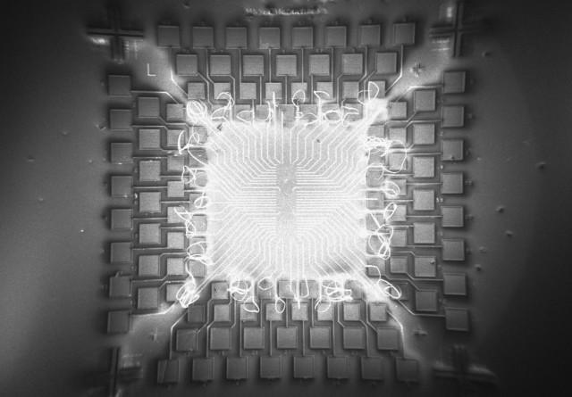 量子电路模拟器